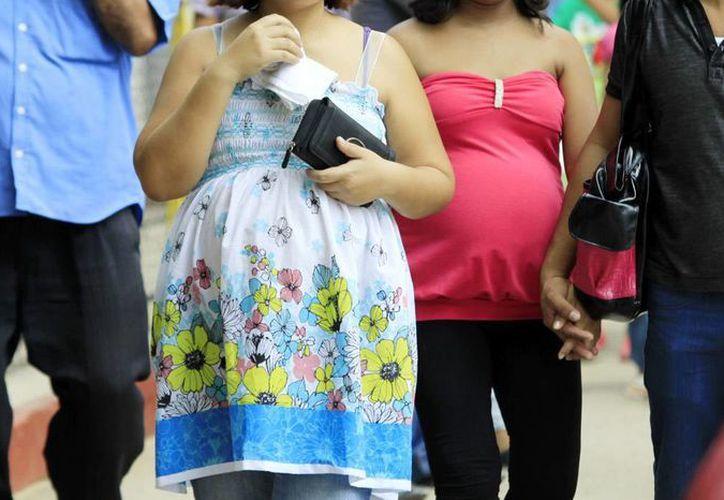 El embarazo en adolescentes representa un problema de proyecto de vida. (Milenio Novedades)