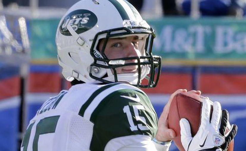 Sale Tim Tebow de los Jets y entra Geno Smith. (Agencias)