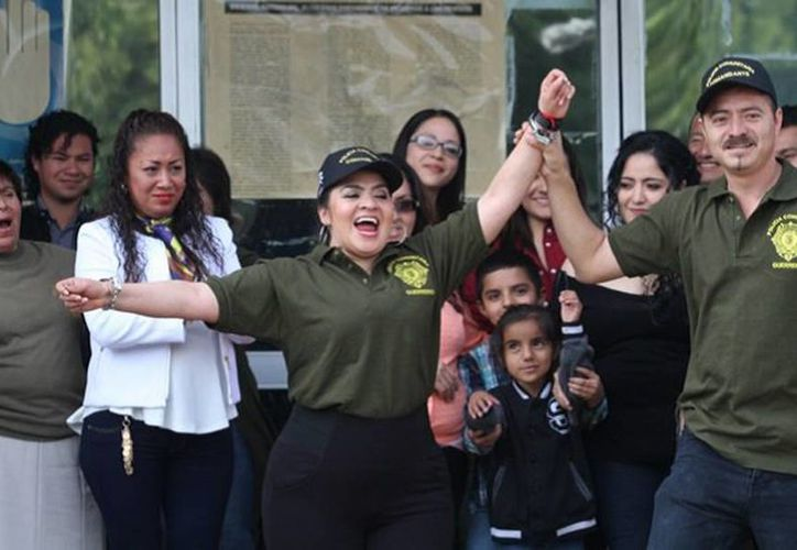 Nestora Salgado, salió de prisión después de que fue absuelta de los delitos de homicidio y secuestro. (m-x.com.mx)