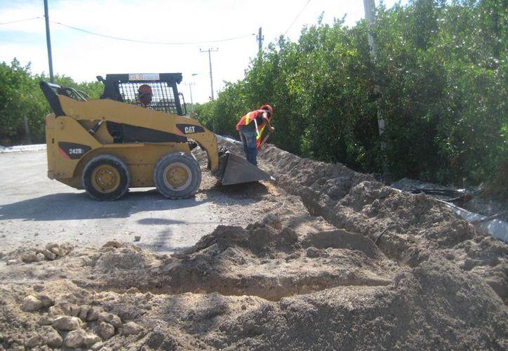 Esperan que puedan iniciar con la pavimentación a mediados de la próxima semana. (Lanrry Parra/SIPSE)