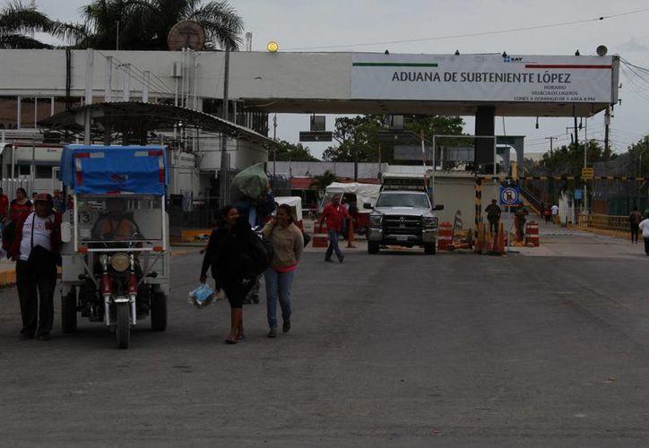Abogados señalan que el puente internacional no es una instalación aduanal. (Ángel Castilla/SIPSE)