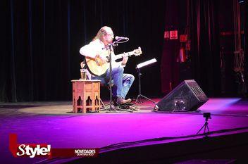 Fernando Delgadillo, se presenta en el Teatro de Cancún