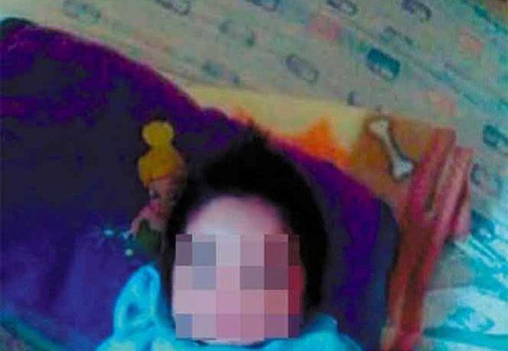 Uno de los bebés que fue ofrecido en un grupo de Facebook de Coahuila. El usuario cerró su cuenta pero la policía cibernética ya investiga. (Excélsior)