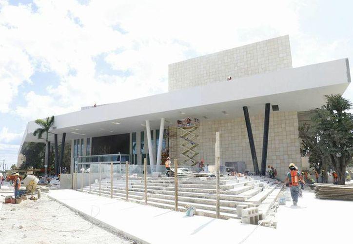 El Centro Internacional de Congresos de Yucatán albergará hasta seis mil personas. (SIPSE)