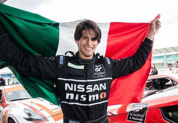 En el programa Nissan GT Academy Ricardo Sánchez se coronó campeón mundial en 2014. (Contexto/Internet)