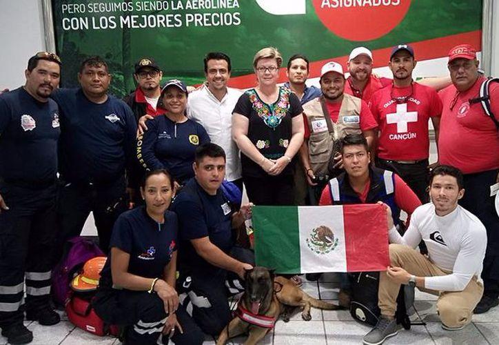 Es un equipo de espeleólogos para rescatar en lugares confinados. (Foto: Daniel Pacheco/SIPSE).