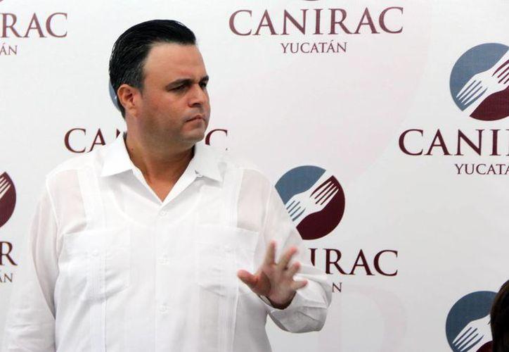 Alvaro Mimenza Aguiar, líder del CCE en Yucatán, mencionó que no considera que las empresas tengan alguna dificultad para cumplir con el pago de aguinaldo. (Milenio Novedades)