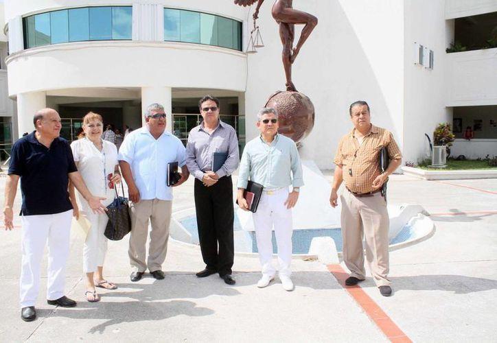 A la reunión asistieron los miembros de la Asociación de  Pro víctimas y Derechos Humanos. (Sergio Orozco/SIPSE)