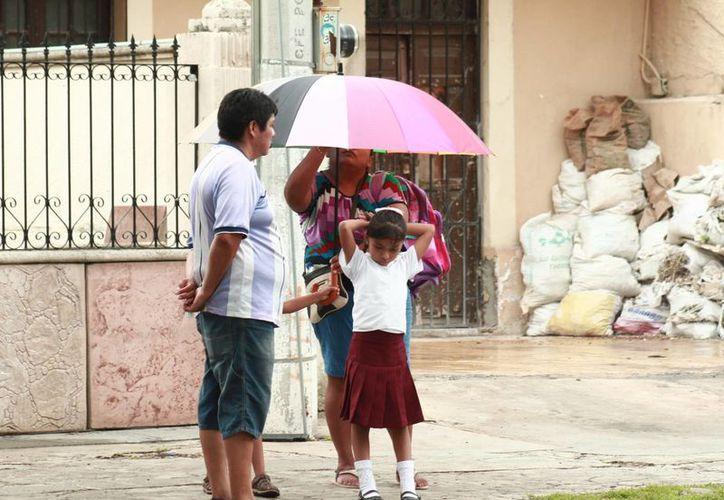 Aunque 'Hermine' no representa peligro para Yucatán sus desprendimientos nubosos llegarán a la región. (Milenio Novedades)