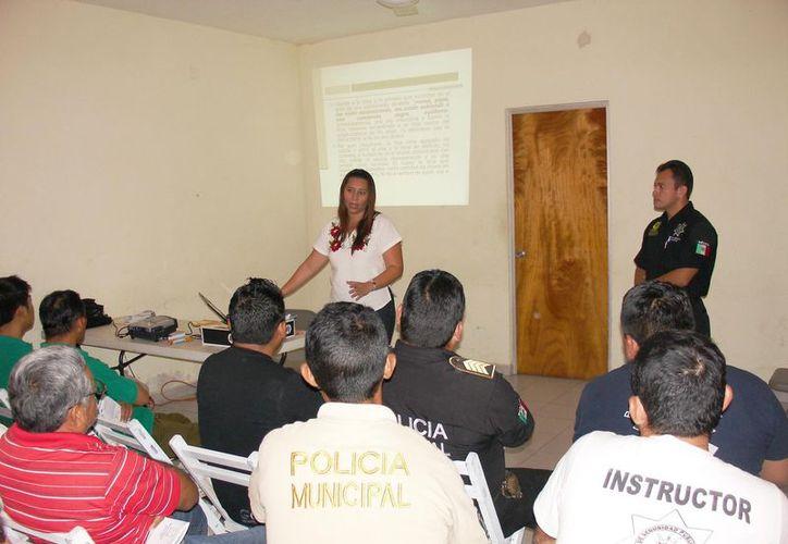 Los policías participantes conocieron a detalle las estrategias para hacer frente a esta conducta antijurídica. (Cortesía)