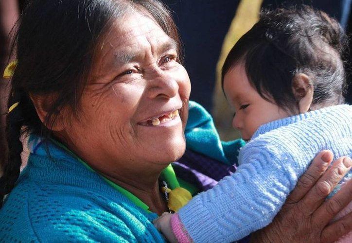 Creyentes se alegran con la visita del Santo Padre a Chiapas. (Luis Soto/SIPSE)