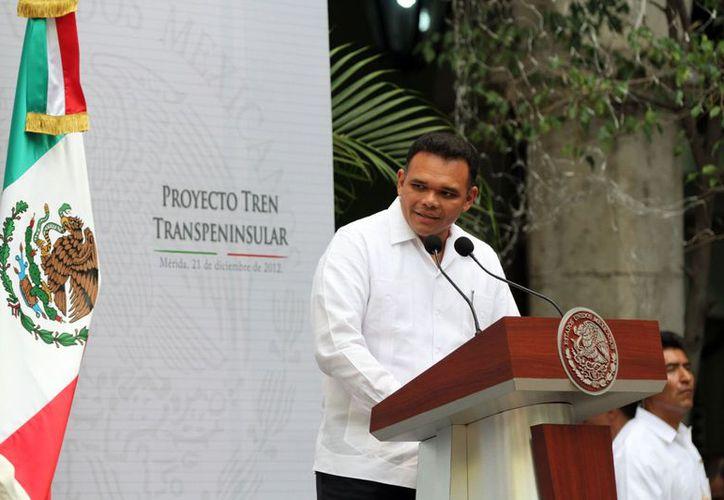 Este domingo el gobernador Rolando Zapata tendrá varias actividades oficiales. (SIPSE)