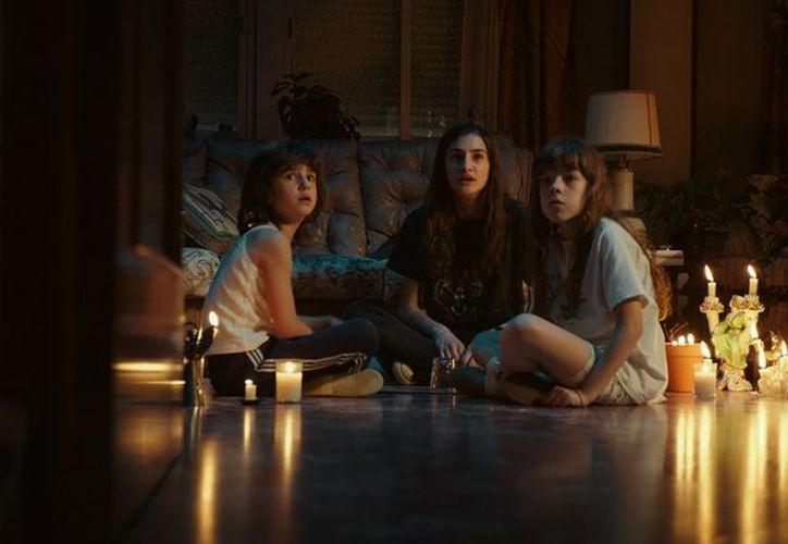"""""""Verónica"""", del creador de la saga """"Rec"""", está dando un buen susto a los usuarios de Netflix,. (Foto: Miradas de Cine)"""