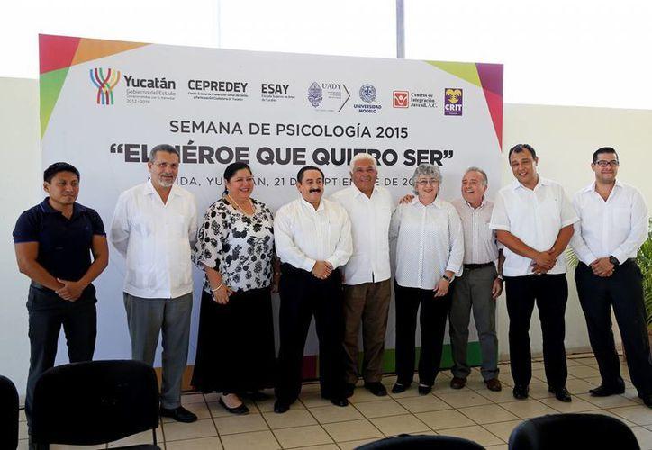 Inauguración de la Semana de la Psicología, en el Ceama, con el lema 'El héroe que quiero ser'. (Fotos cortesía del Gobierno de Yucatán)
