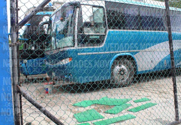"""Los autobuses son detectados en la zona de """"El Crucero"""". (Ivette Y Cos/SIPSE)"""