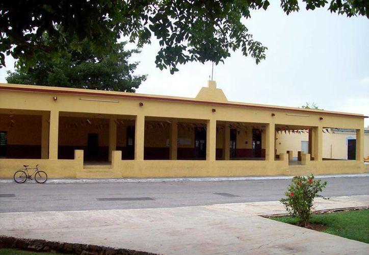 En el interior de local del Comisariado de Sitpach han visto a la Xtabay. (Jorge Moreno/SIPSE)