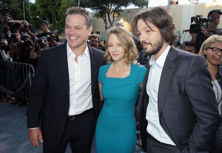 Matt Damon, Jodie Foster y Diego Luna, unidos en la cinta futurista 'Elysium'. (Agencias)