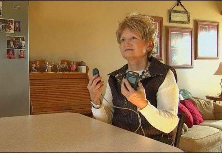Joyce Matthews, se sometió a una cirugía en la que debía estar despierta. (Fox News 9)