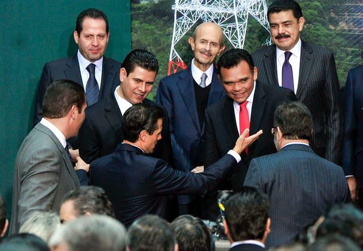 Rolando Zapata asistió con otros gobernadores a Palacio Nacional. (Milenio Novedades)