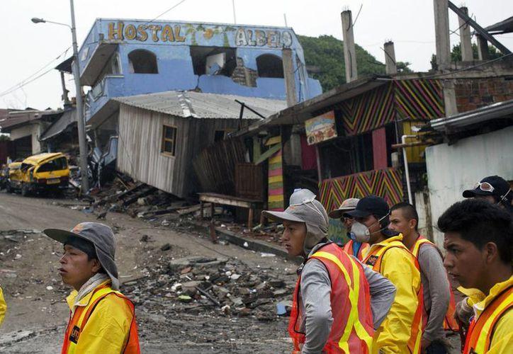 El embajador de Ecuador en México agradeció la ayuda del gobierno y pueblo mexicanos para su nación. (Archivo/AP)