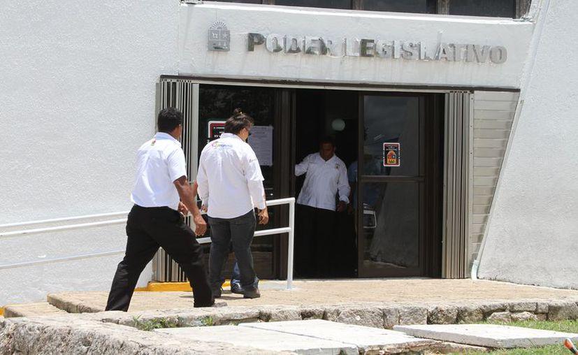 Las comisiones están presididas por Emiliano Ramos Hernández y Juan Carlos Pereyra Escudero, respectivamente. (Joel Zamora/SIPSE)