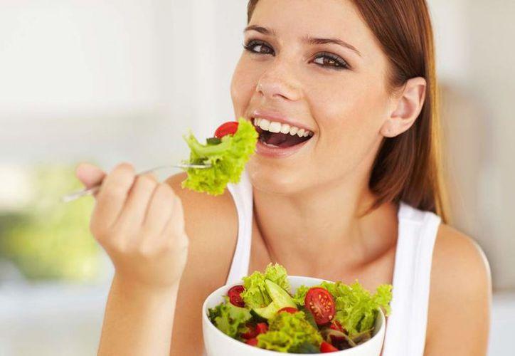 Alimentarte bien beneficia a la salud. (Foto: Internet)