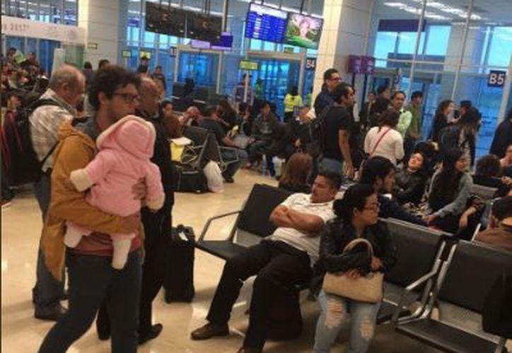Algunos pasajeros presentaron crisis nerviosa. (Contexto)