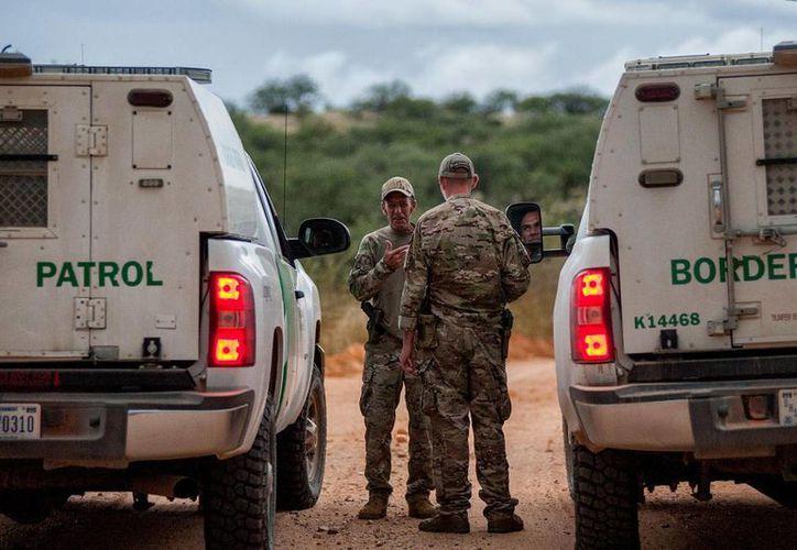 El agente de la Patrulla Fronteriza acusado de matar a un indocumentado fue sancionado con una ausencia administrativa con goce de sueldo. (Archivo/AP)
