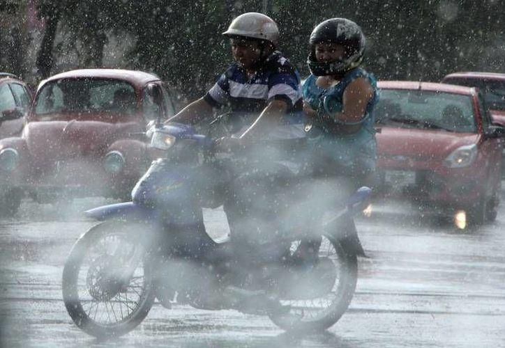Para este viernes se espera que llueva aunque no con fuerza en Yucatán. (Milenio Novedades)
