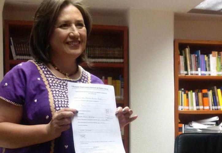 Imagen de Xóchitl Gálvez cuando se registró como aspirante a la jefatura delegacional de Miguel Hidalgo por el PAN. (@XochitlGalvez)