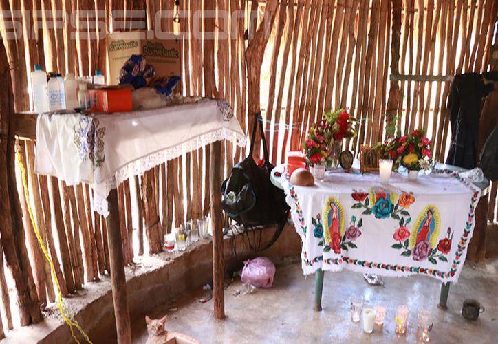 El altar que fue colocado en memoria de la menor. (Foto: Jorge Acosta/Milenio Novedades)