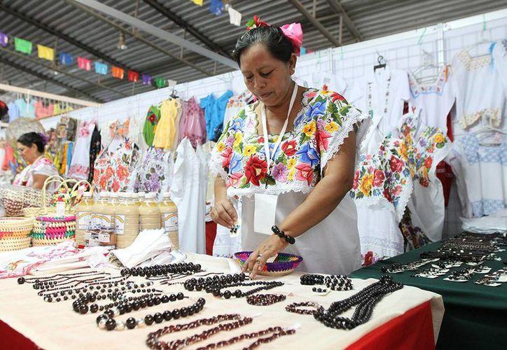 Este domingo la Semana de Yucatán en México tuvo gran afluencia de gente. (SIPSE)