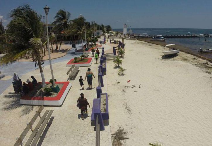 Incrementará la presencia de turistas los fines de semana en Puerto Morelos. (Israel Leal/SIPSE)