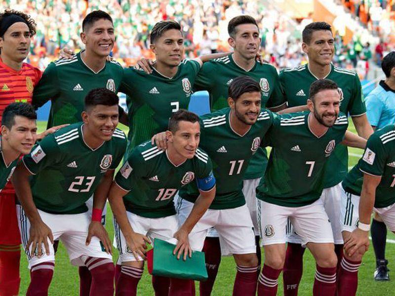 Con la camiseta verde, México ha obtenido grandes logros ante Brasil. ¿Se repetirá en octavos de final? (Foto: imago)