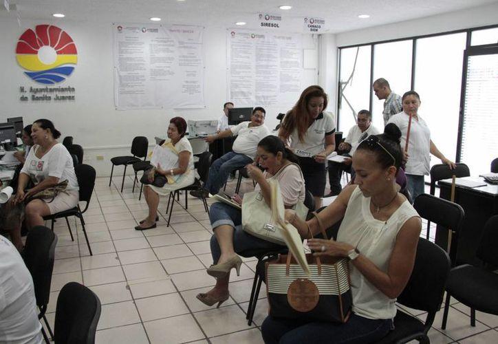 Los empresarios buscan modificaciones de los reglamentos para disminuir el rango de las multas. (Tomás Álvarez/SIPSE)