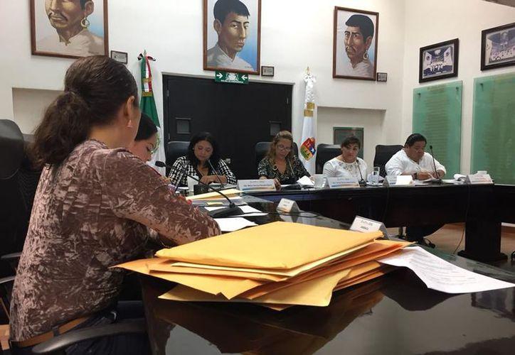 La Comisión de Derechos Humanos del Congreso Local realizó una reunión para revisar los casos. (Joel Zamora/SIPSE)