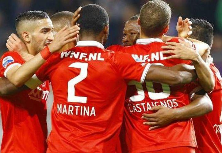 El mexicano Jesús Corona otra vez tuvo un desempeño redondo con Twente. Esta vez en la Copa de Holanda. (record.com.mx)