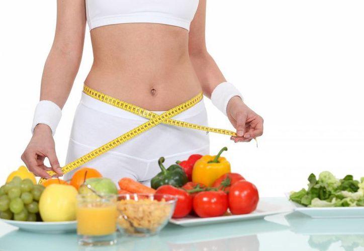 Estas dietas suelen eliminar lácteos, legumbres, azúcar, granos, etc. (Contexto/Internet)