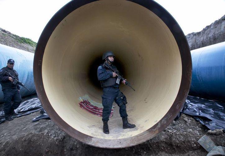 El túnel por donde escapó 'El Chapo' medía 1.5 kilómetros y desembocaba en una casa en construcción en una cárcel cercana a la prisión del Altiplano. (AP)