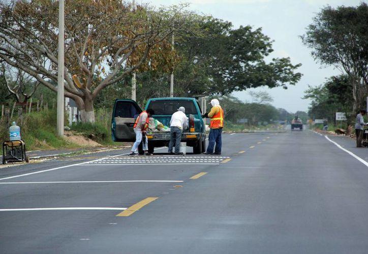 Entre los trabajos se encuentra la ampliación de las vías a Xmatkuil. (José Acosta/SIPSE)