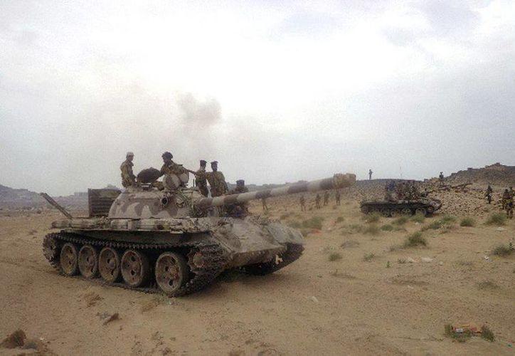 Fuerzas de seguridad de Yemen participan en una maniobra militar. (EFE/Archivo)