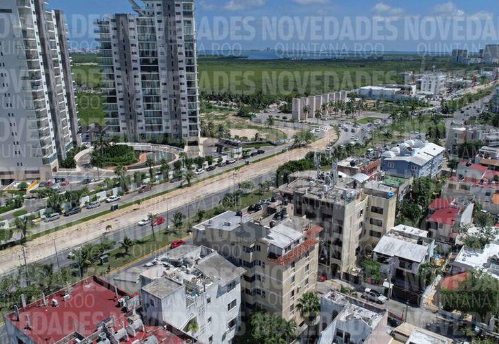 El PDU establecerá los tipos de negocios que podrán realizarse en cada zona de la ciudad. (Jesús Tijerina/SIPSE)