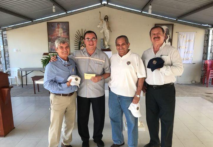 En el acto estuvieron presentes Carlos Cervecera, gran caballero del Consejo 13963, así como Rafael Peraza y Jorge Barrera, integrantes de la misma agrupación. (SIPSE)