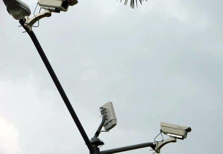 La Policía Municipal de Mérida (PMM) colocará más cámaras de vigilancia para reforzar la seguridad en el Centro Histórico. (Archivo SIPSE)