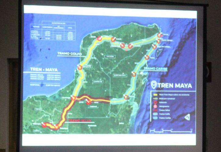 La presentación del proyecto Tren Maya al sector empresarial y de la construcción. (Enrique Mena/SIPSE)