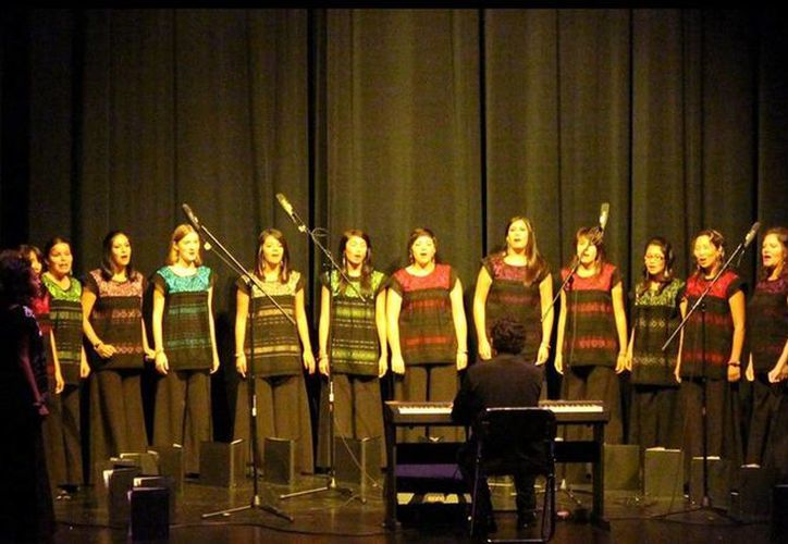 Foto del coro Pax K'ay Ensamble Vocal de San Luis Potosí que participarán en el Festival Internacional de Coros Yucatán. (Facebook)
