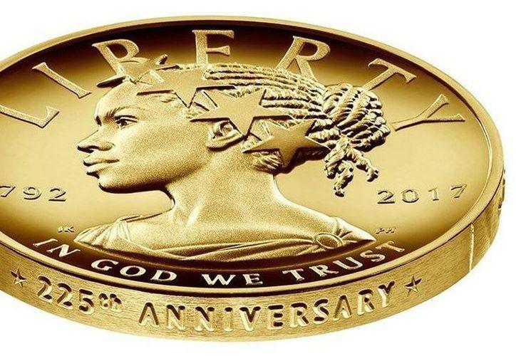 En esta imagen proporcionada por la Casa de Moneda de Estados Unidos se ve una moneda de oro conmemorativa acuñada por el 225 aniversario de la fundación del instituto. La moneda vale 100 dólares. (Casa de Moneda de EU vía AP)
