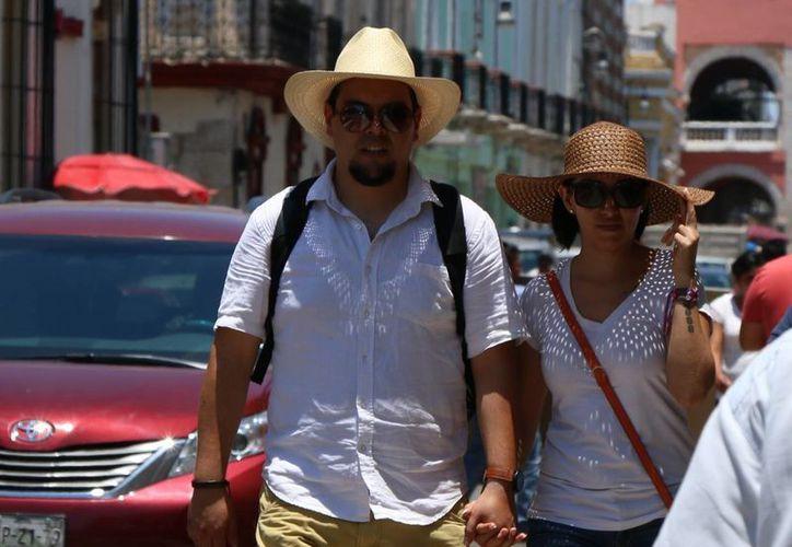 El calor llegó esta tarde a los 41.2 grados en Mérida, Yucatán. (José Acosta/Milenio Novedades)