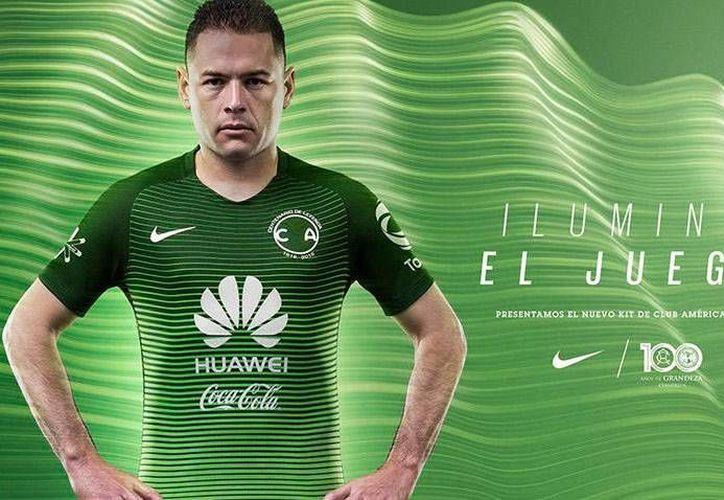 El nuevo uniforme del América estará disponible para los aficionados, a partir de este lunes.(Foto tomada de Twitter/Club América)