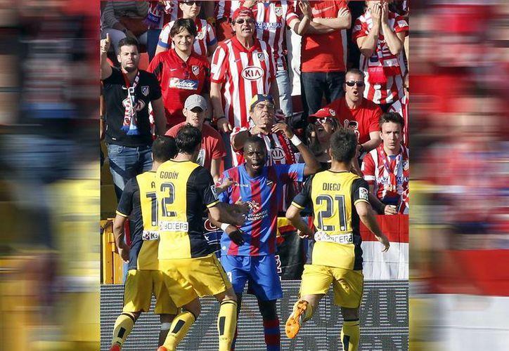 'No tengo nada contra la afición del Atlético, porque sólo ha sido una parte la que ha gritado', señaló Papakouly Diop, y añadió: 'Es una provocación. No sé si se le puede llamar racismo, pero hay que acabarlo'. (AP)